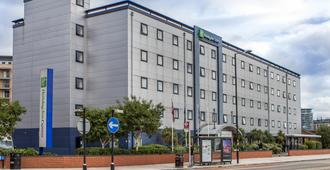 Holiday Inn Express London-Royal Docks, Docklands - London - Gebäude