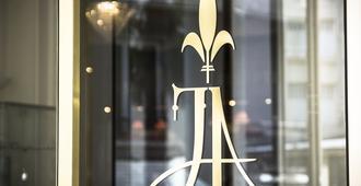 Hotel Jeanne D'arc - Lourdes - Room amenity
