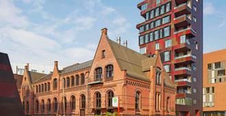 25hours Hotel Altes Hafenamt - Hamburg - Building