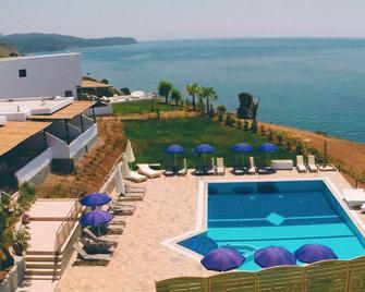 Eroessa - Samothraki Beach Apartments & Suites Hotel - Samothraki - Pool