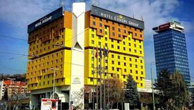 Hotel Holiday - Sarajevo - Edificio