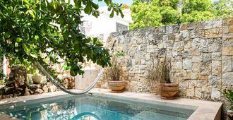 Hotel Casa Hipil - Valladolid - Pool