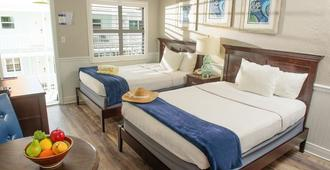 Tahitian Beach Motel - Treasure Island - Bedroom