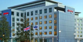 Hampton by Hilton London Luton Airport - Luton