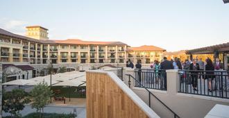 Vista Collina Resort - Napa