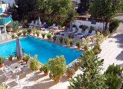 Nicos & Olympia Apartments - Polis Chrysochous - Pool