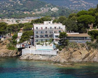 Hôtel La Calanque - Cavalaire-sur-Mer