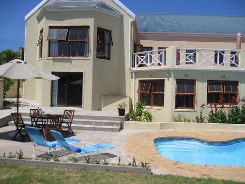 Epic Guest House - Noordhoek - Pool