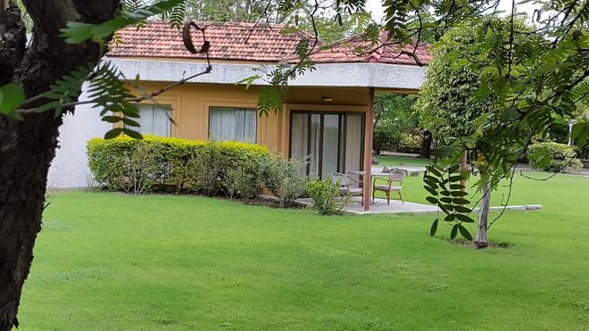 The Meadows Resort and Spa - Aurangabad - Θέα στην ύπαιθρο