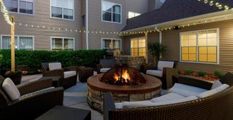 Residence Inn by Marriott Sarasota Bradenton - Sarasota - Patio