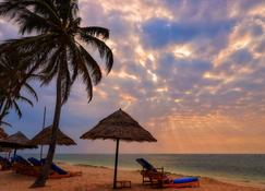 Diani Reef Beach Resort & Spa - Mombasa - Playa