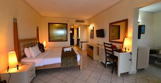 Diani Reef Beach Resort & Spa - Mombasa
