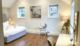 The Bear & Swan - Bristol - Bedroom
