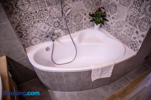 Hotel U Dómu sv. Václava - Olomouc - Bathroom