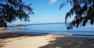 In Touch Resort - Ko Tao - Playa