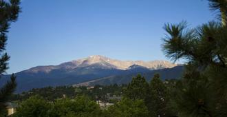 Embassy Suites Colorado Springs - Colorado Springs - Outdoor view