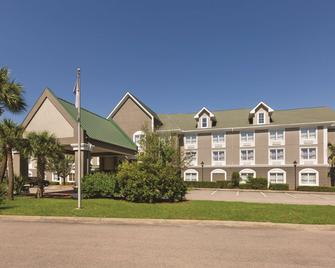 Country Inn & Suites by Radisson Beaufort West, SC - Beaufort - Κτίριο