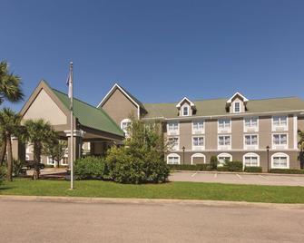 Country Inn & Suites by Radisson Beaufort West, SC - Beaufort - Rakennus
