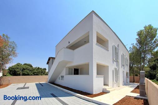 Apartments Vila Moli - Bibinje - Building