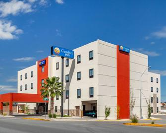 Comfort Inn Chihuahua - Chihuahua - Building