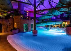 Scandic The Reef - Fredrikshamn - Pool