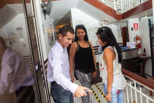 Emperador Terraza Hotel - Iquitos