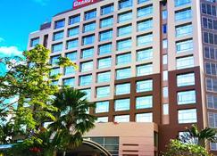 Grand Suka Hotel - פקאנבארו - בניין