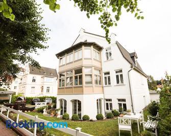 Villa Baltia - Seeheilbad Graal-Müritz - Gebouw