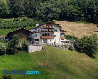 Berggasthof Locanda Alpina Dorfner - Montagna/Montan - Gebouw