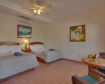 SunBreeze Hotel - San Pedro Town - Bedroom