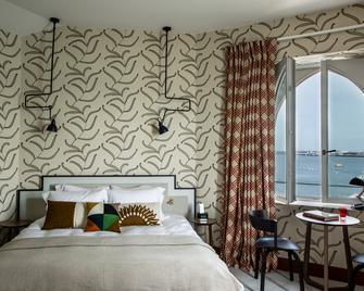 Castelbrac - Dinard - Bedroom