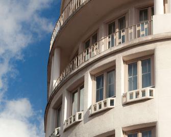 ibis Styles Dijon Central - Dijon - Building
