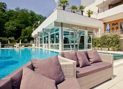 Hotel Terme Millepini - Montegrotto Terme - Pool