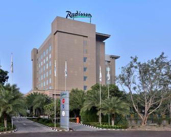 Radisson Noida - Noida - Building