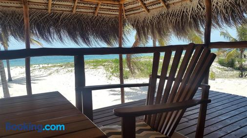 Pura Vida Lodge - Inhambane - Balcony