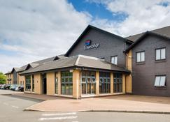 Travelodge Glasgow Airport - Paisley - Building