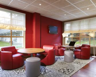 Campanile Orleans La Source - Orléans - Lounge