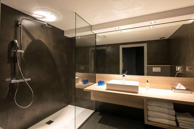 Best Western Hotel & SPA Le Schoenenbourg - Riquewihr - Bathroom