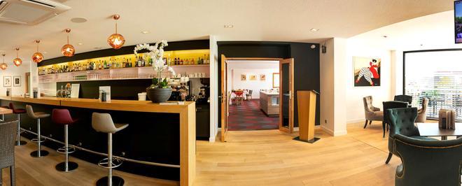 Best Western Hotel & SPA Le Schoenenbourg - Riquewihr - Bar