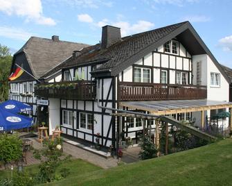 Hennetaler Hof - Eslohe - Gebäude