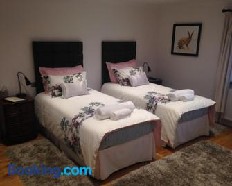 Cherry Tree Guesthouse - Bradford-on-Avon - Bedroom