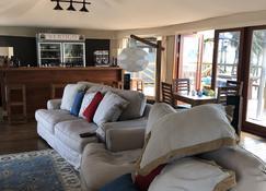 Vertigo Lodge De Estuario - Inhambane - Wohnzimmer