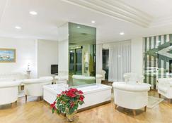 โรงแรมซิตี้ - Montesilvano - เลานจ์