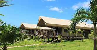 Otentic Eco Tent Experience - Grande Rivière Sud Est