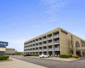Travelodge by Wyndham Outer Banks/Kill Devil Hills - Kill Devil Hills - Building