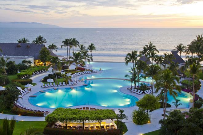 納亞里特河濱維拉斯大酒店 - 新巴亞爾塔 - 努埃沃爾塔 - 游泳池