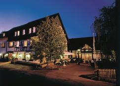 Landhotel Gasthof Willecke - Sundern - Edificio