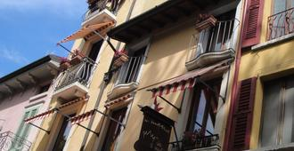 The Tower Of The Old King - Desenzano del Garda - Gebäude