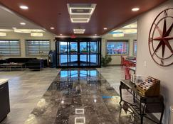 SureStay Plus by Best Western Louisville Airport Expo - Луїсвіль - Lobby