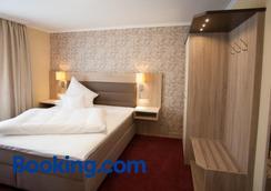 Hotel Restaurant Zur Post Lohfelden - Kassel - Bedroom